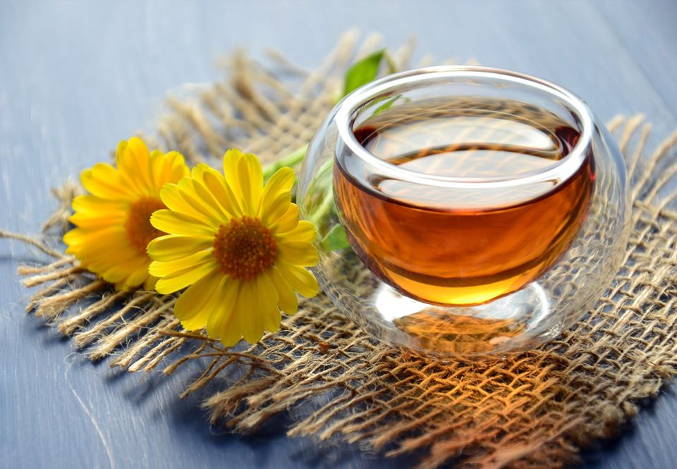 Natural-remedies-for-dry-cough:-Pure-honey