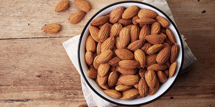 Best-foods-for-stomach-health-Almond