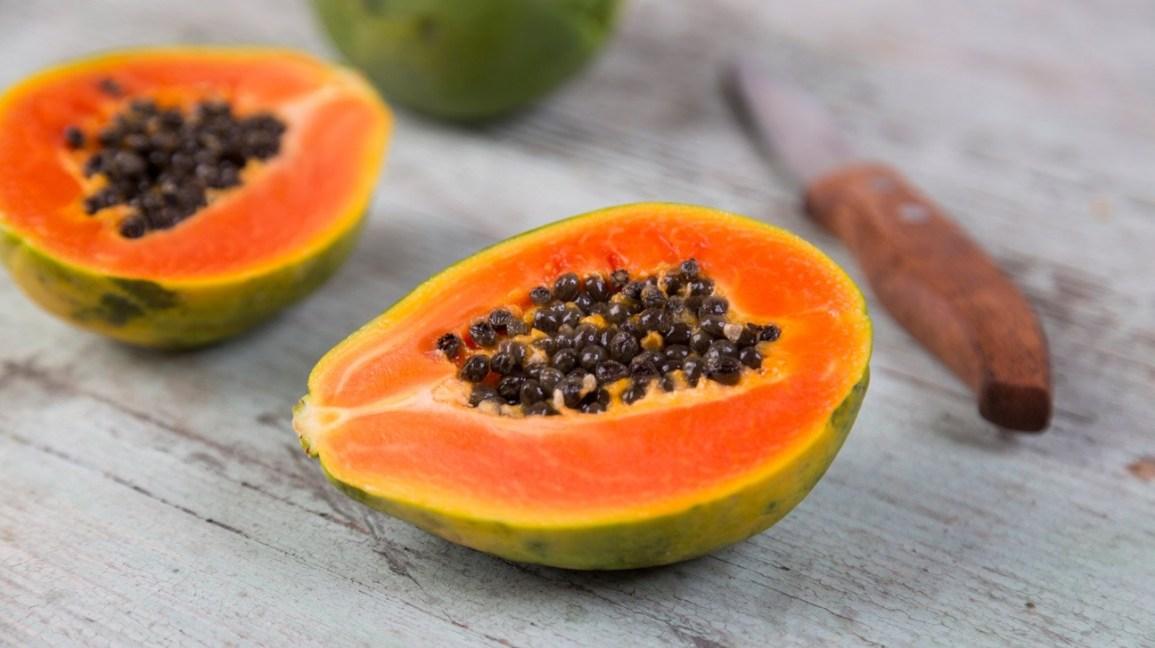 Irregular-menstruation-treatment:-The-food-should-eat-Papaya