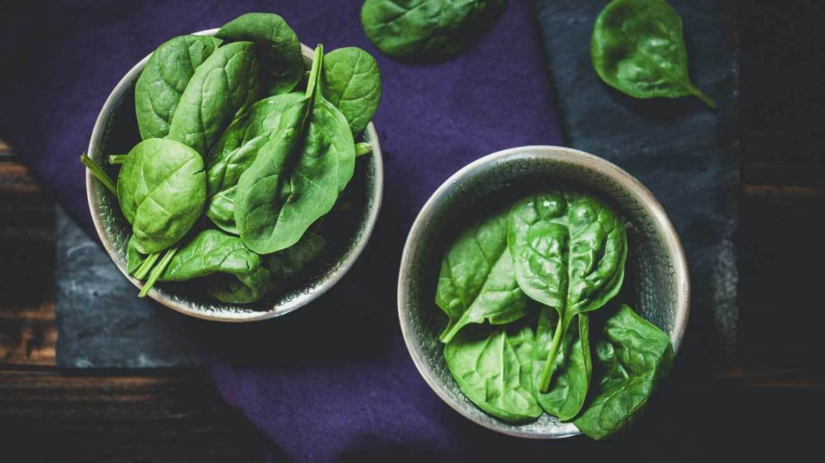 Iron-deficiency-anemia-in-pregnancy:-Foods-containing-non-heme-iron-spinach
