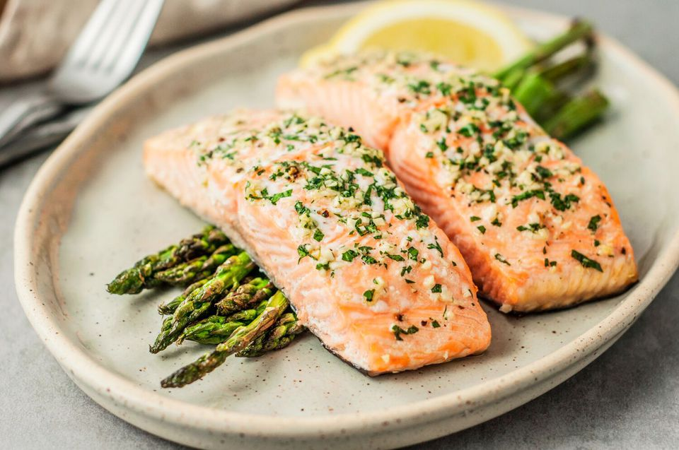 Foods-to-reverse-fatty-liver:-Salmon