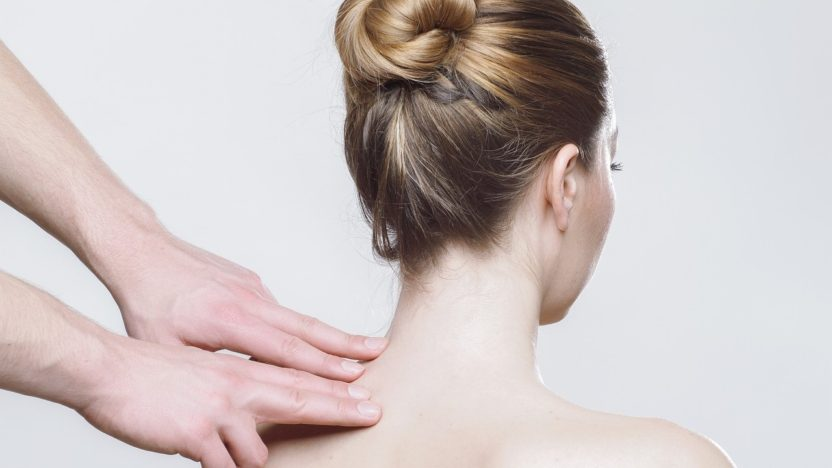 Best-neck-pain-relief-naturally:-Rest-to-relax-your-neck-muscles