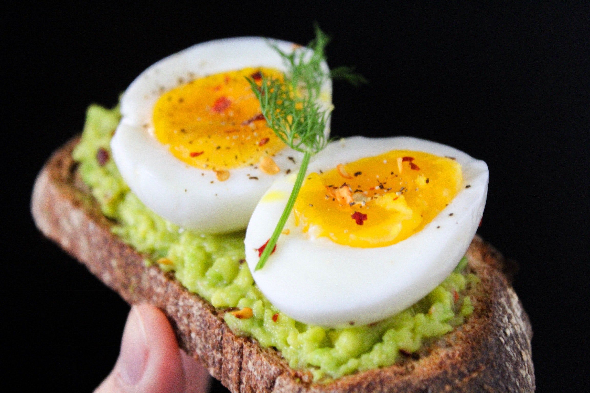 Best-pregnancy-foods-in-the-first-3-months:-egg