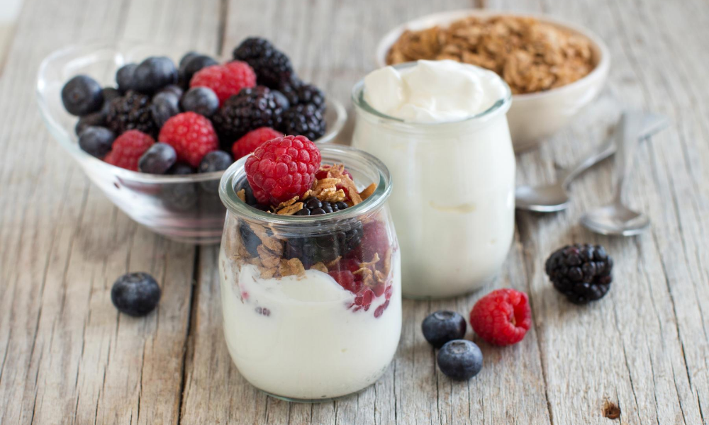 Foods-that-are-natural-laxatives:-Yogurt