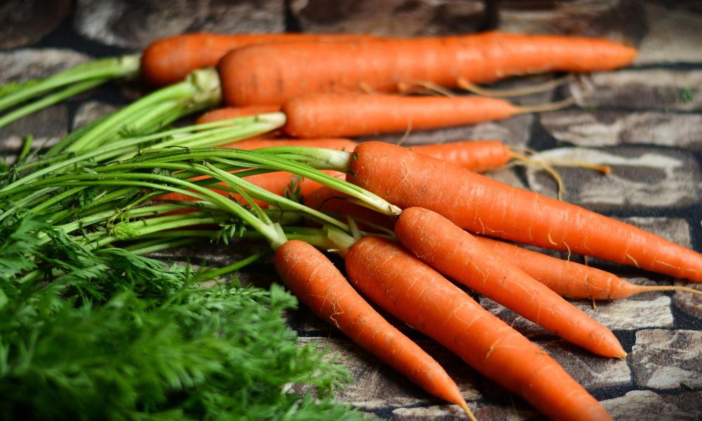 Ways-to-detox-your-body-Foods-to-detoxify-the-body-CARROTS