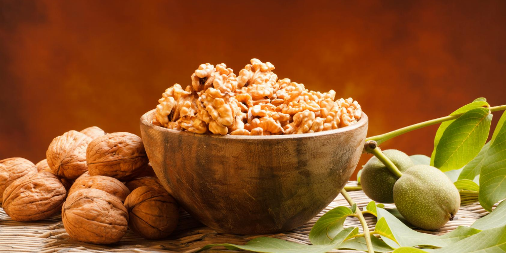 Best-foods-to-eat-for-Arthritis:-Walnuts