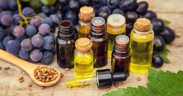 Grape-seed-oil-benefits-1