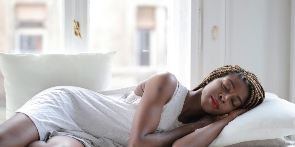 Cherry-health-benefits:-Good-sleep