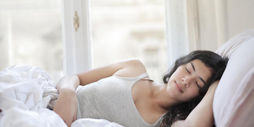 Tryptophan-health-benefits:-Help-improve-sleep-quality