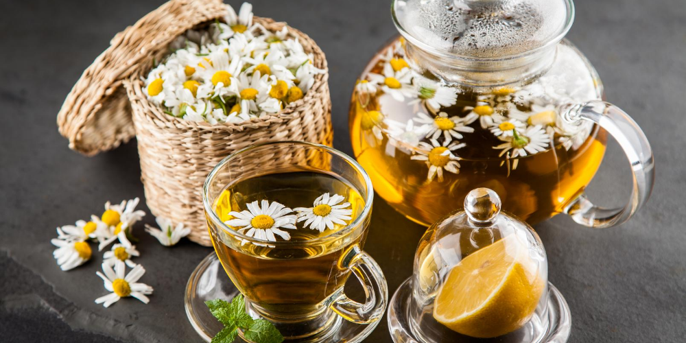 Top-health-benefits-of-chamomile-tea- -Tea-type-should-be-drunk-before-going-to-bed