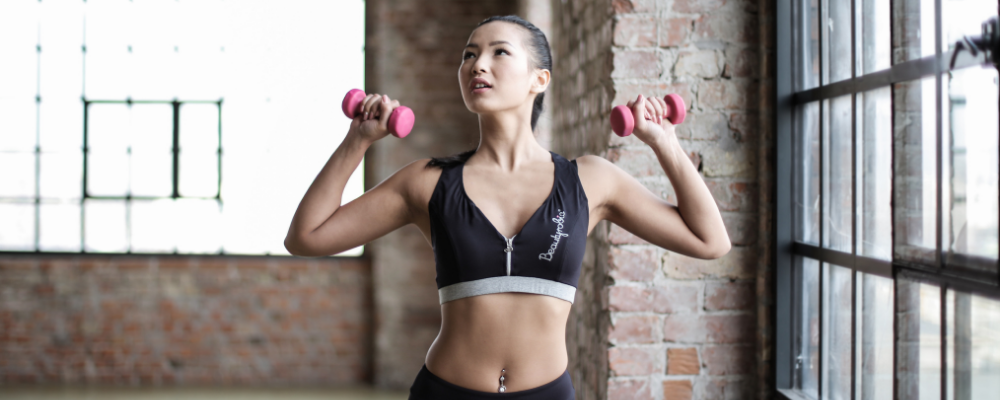 Raspberry-health-benefits:-Contains-high-fiber-content